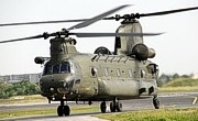 BoeingCH-47 Chinook HC2©Heli Pictures